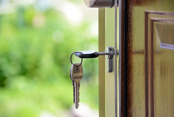 A2B Locks are able to provide local locksmiths in Norwood to repair your broken locks.